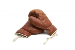 boxing gloves to fight over which browser is better